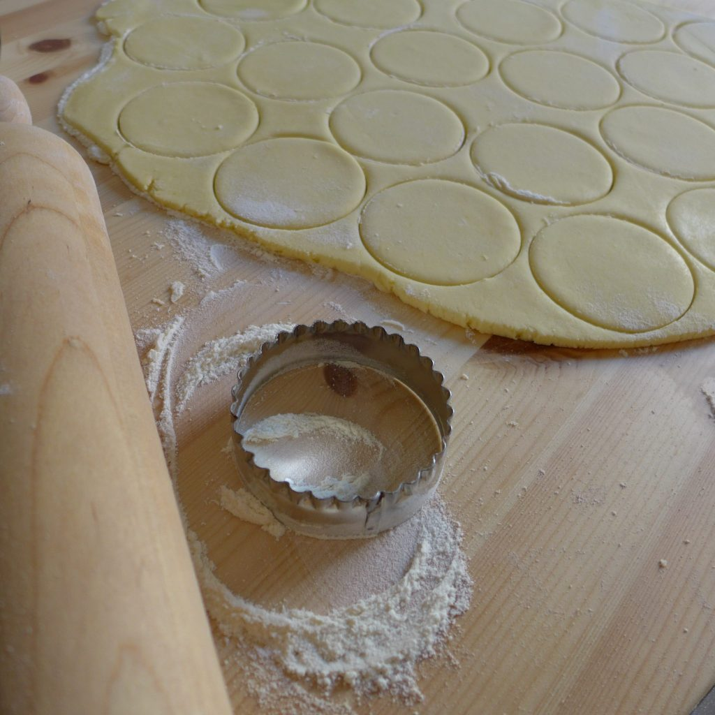 Alfajores preparation 1