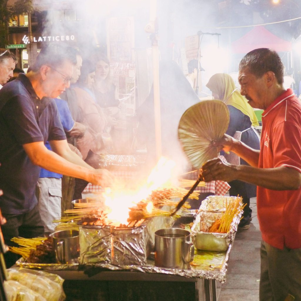 Satay cooks_Singapore